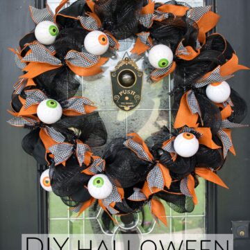 Halloween Craft: DIY Geo Mesh Eyeball Wreath