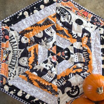 Halloween Quilted Table Topper Tutorial