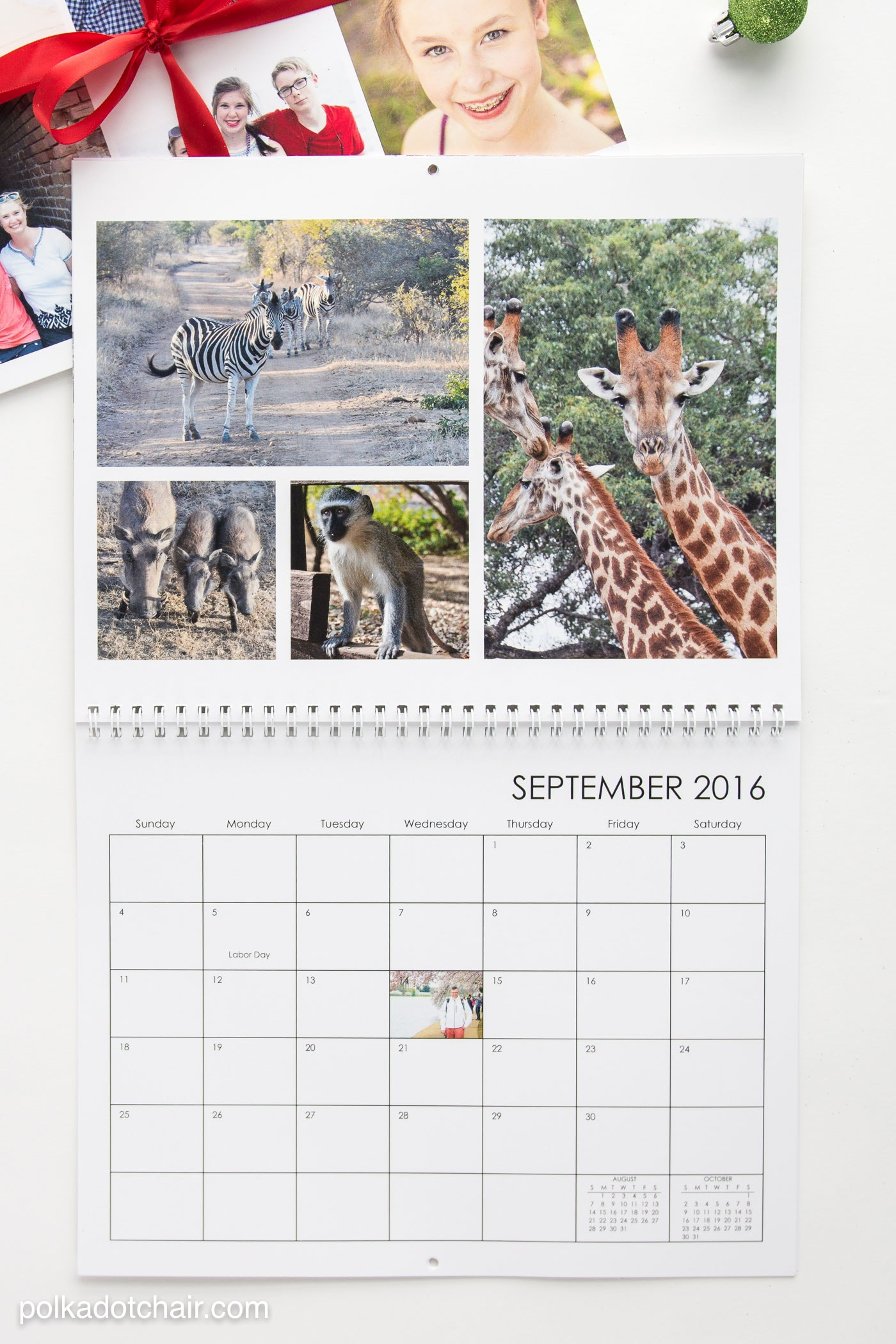 """Create a """"Favorite Places"""" calendar as a gift for far away family and friends. This would also be a nice grandparent gift"""