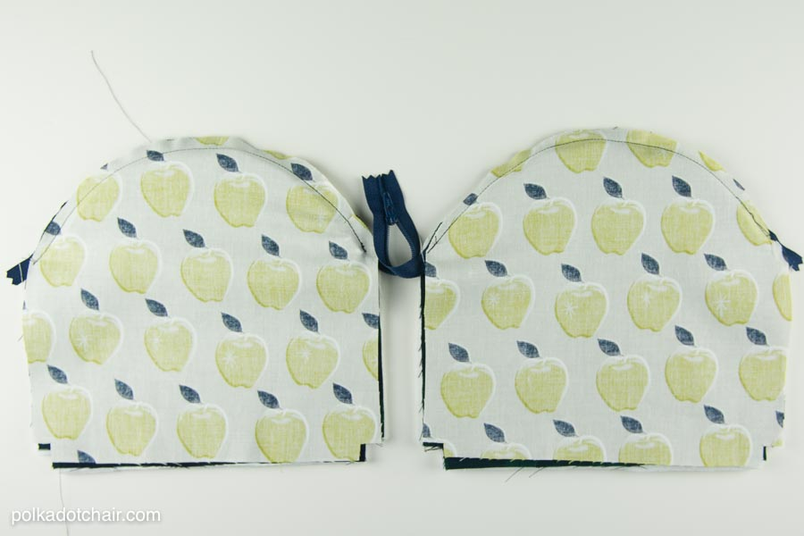 Curved Zip Pouch Sewing Pattern by Melissa Mortenson of polkadotchair.com