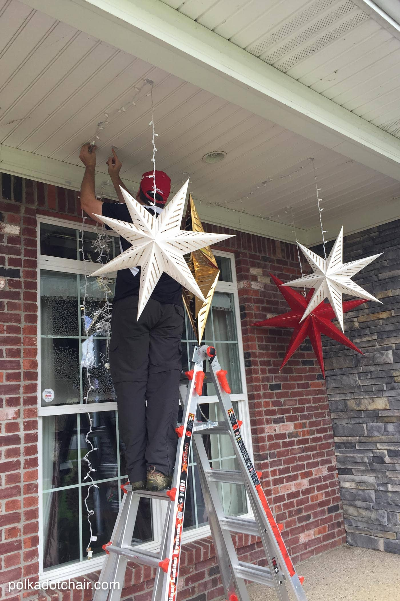 Hanging Star Lanterns A Christmas Front Porch Decorating
