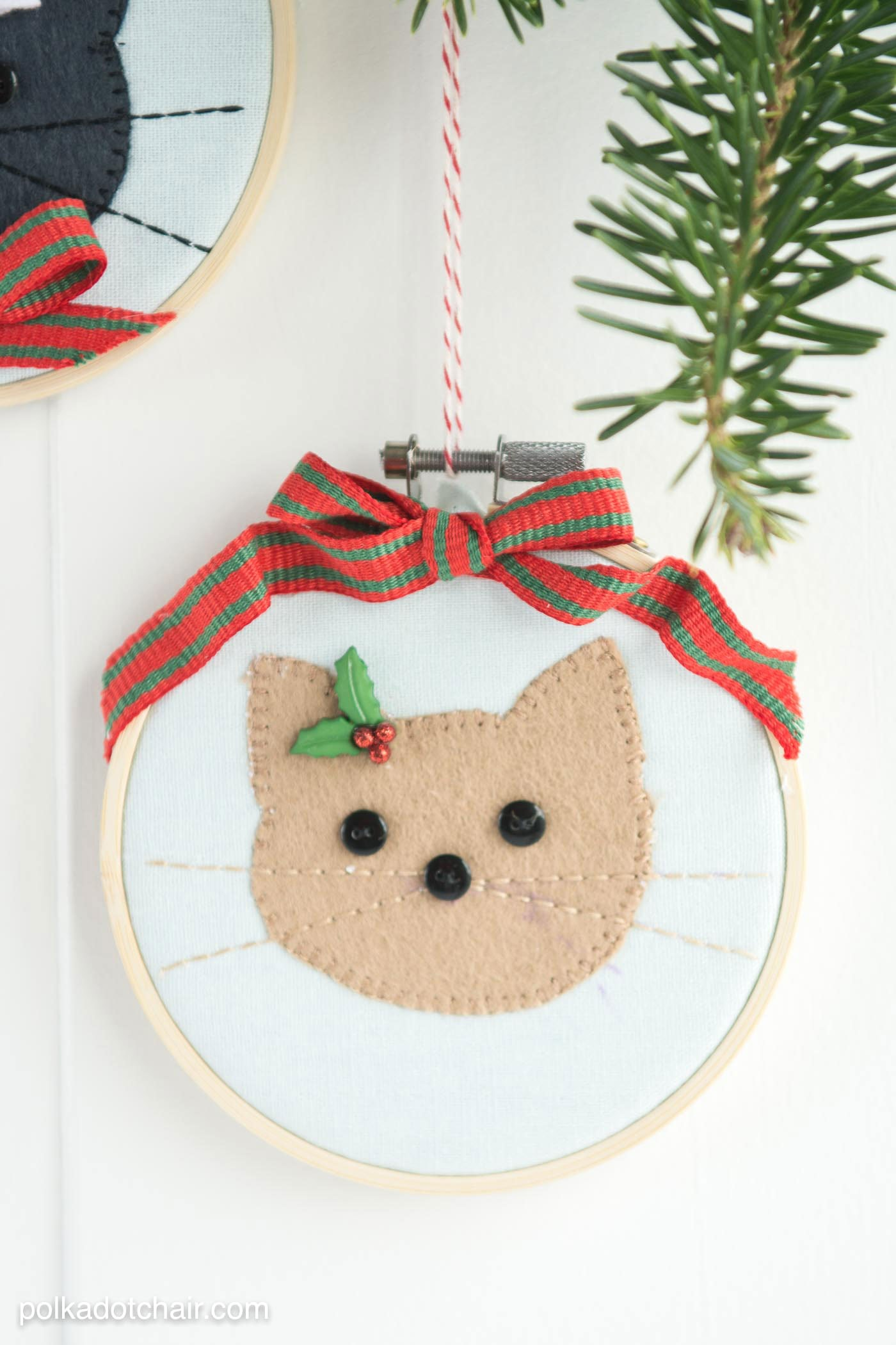 diy cat embroidery hoop christmas ornaments with instructions and free sewing pattern on polkadotchaircom - Cat Christmas Decorations