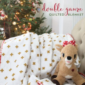 Learn how to make a simple quilted blanket out of double gauze material with this free sewing tutorial, cute project for Christmas or any time of the year (would also be a great baby blanket)