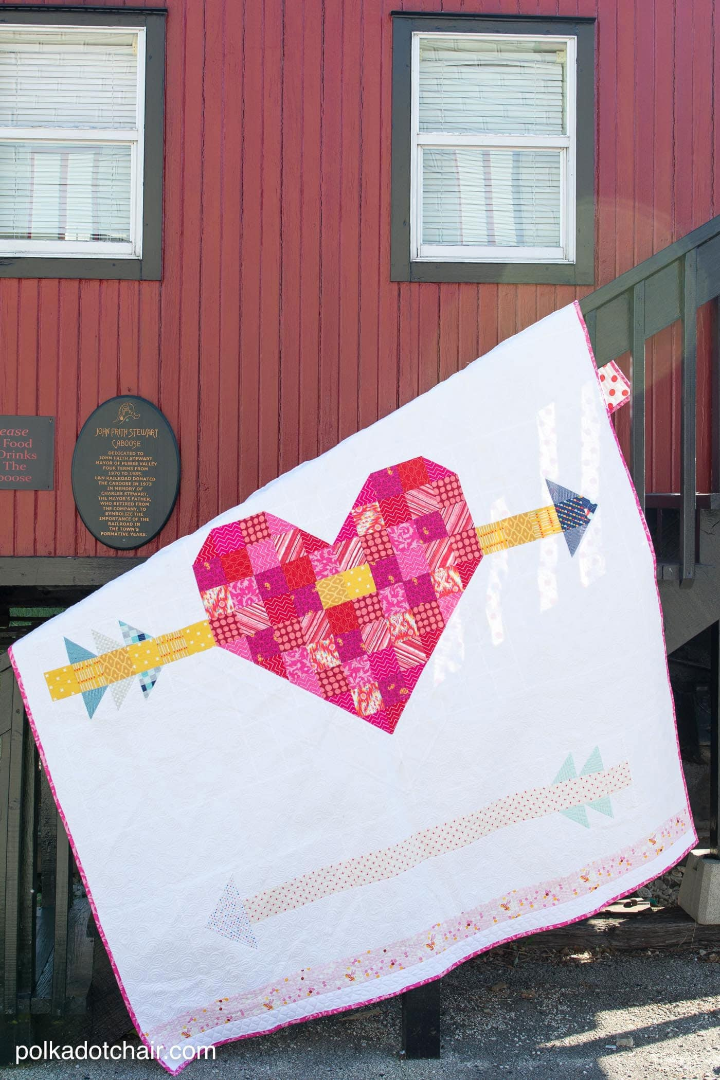 Cupid's Arrow Quilt Pattern, a patchwork heart and arrow quilt pattern - great for Valentine's Day sewing