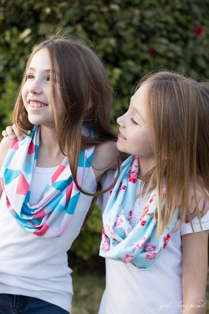 Cute DIY Infinity Scarves for Girls