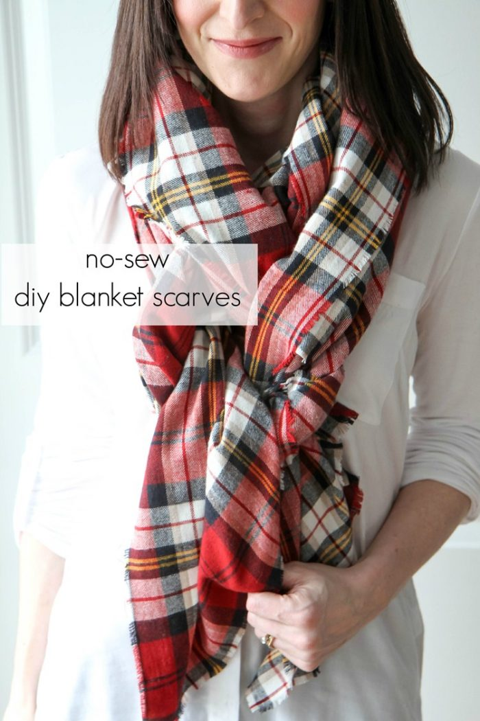 How to make a No Sew Blanket Scarf