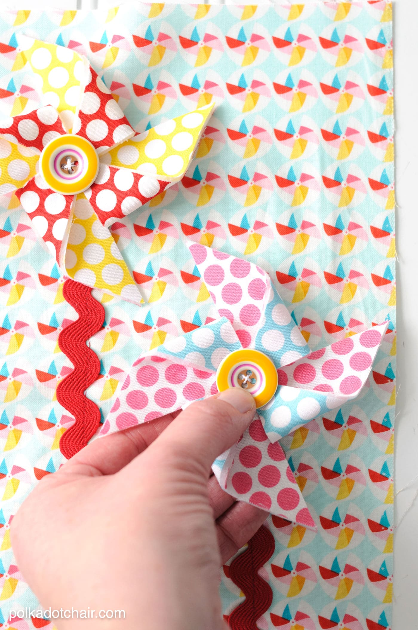 Sewing Pattern for a quiet book page with snap on pinwheels.