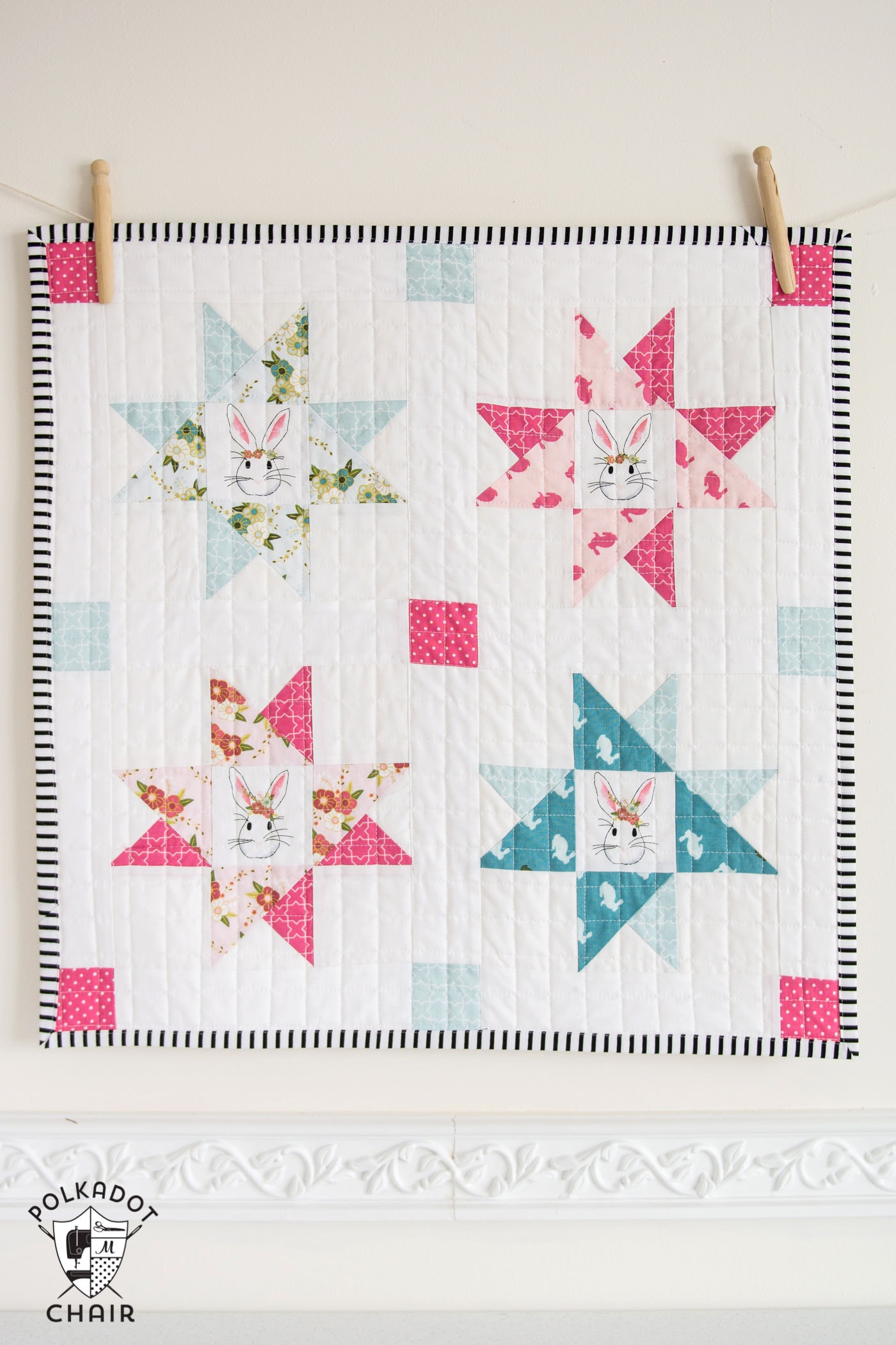 Cute Mini Quilt made with Wonderland Fabric from Riley Blake Designs