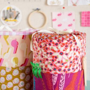 Sewing Pattern for DIY Padded storage bins, you can make them in 3 different sizes - love the outside pocket!