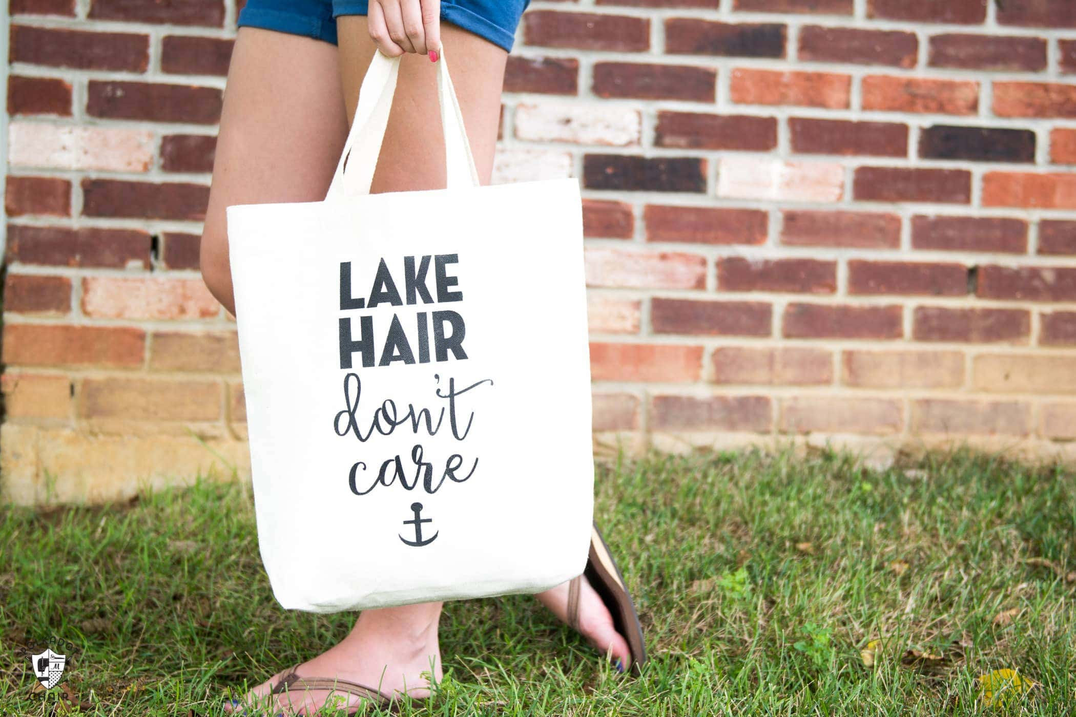 "DIY ""Lake Hair Don't Care"" Stenciled Summer Tote bag with free svg file download by Melissa of polkadotchair.com"