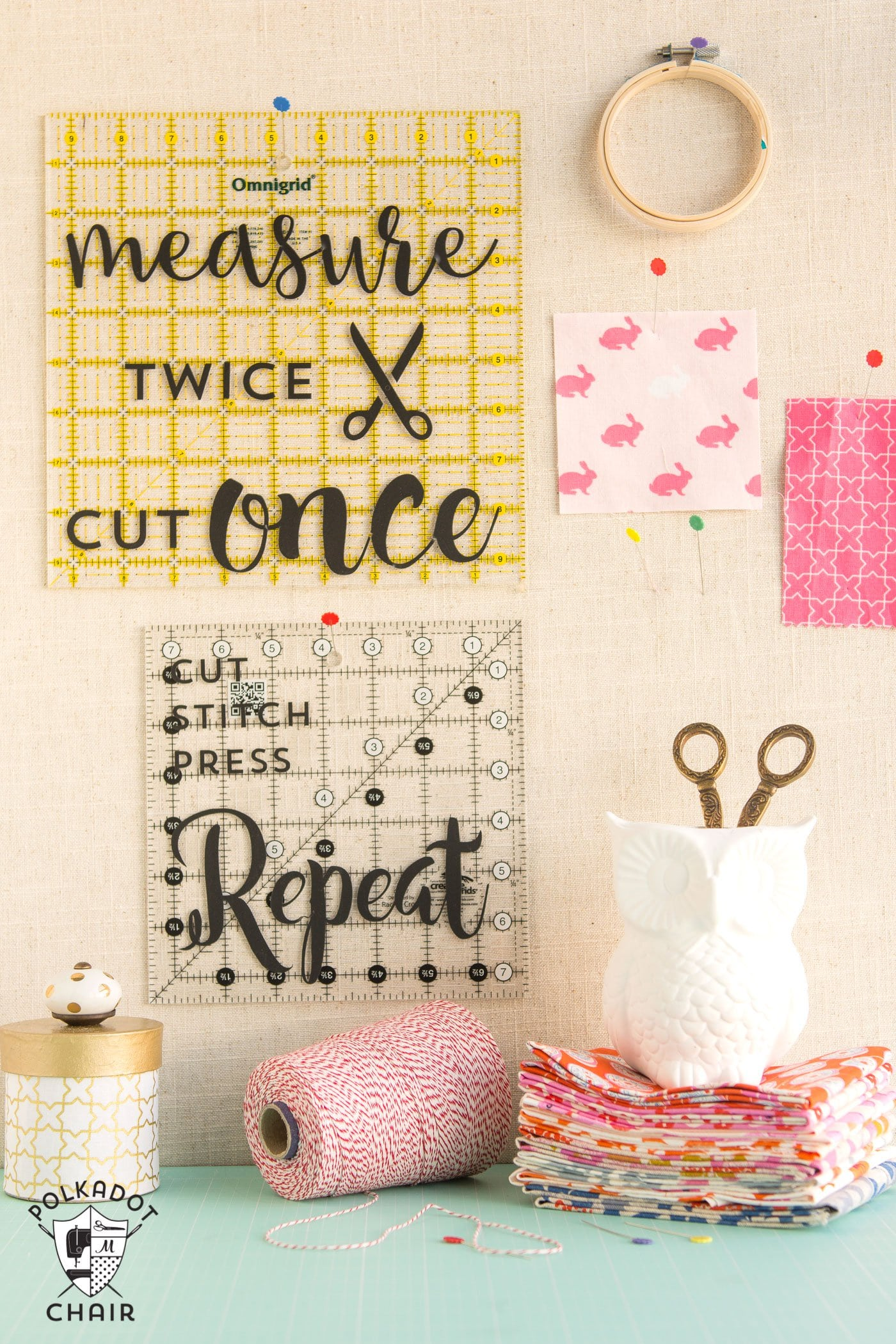 Diy sewing room decor ideas and free cricut cut files for Ideas to decorate my room