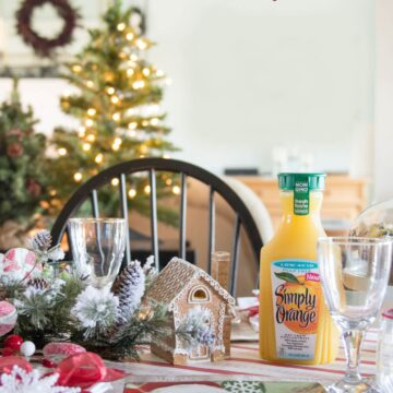 Recipe for a Vanilla Orange Slush, a perfect Christmas morning drink. Plus lots of other cute ideas for table setting and decorating ideas for Christmas morning breakfast