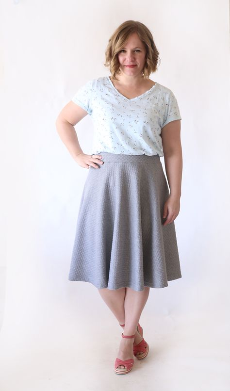 Circle Skirt tutorial by itsalwaysautumn.com