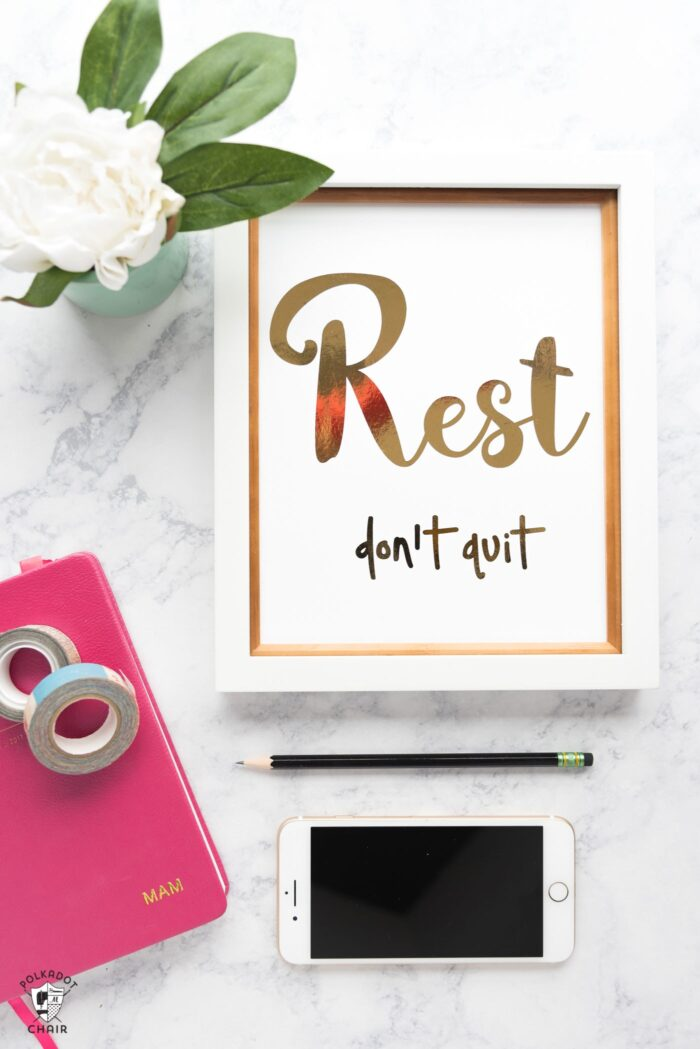 """5 of the best blogging tips I've ever heard, along with a free printable """"Rest, Don't Quit"""" on polkadotchair.com"""