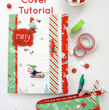 A free sewing tutorial for a Christmas Planner Cover - how to make a DIY Planner for Christmas - cute Christmas planners #Christmas #Planner #Planners #DIYPlanners #ChristmasPlanner #PlannerCover