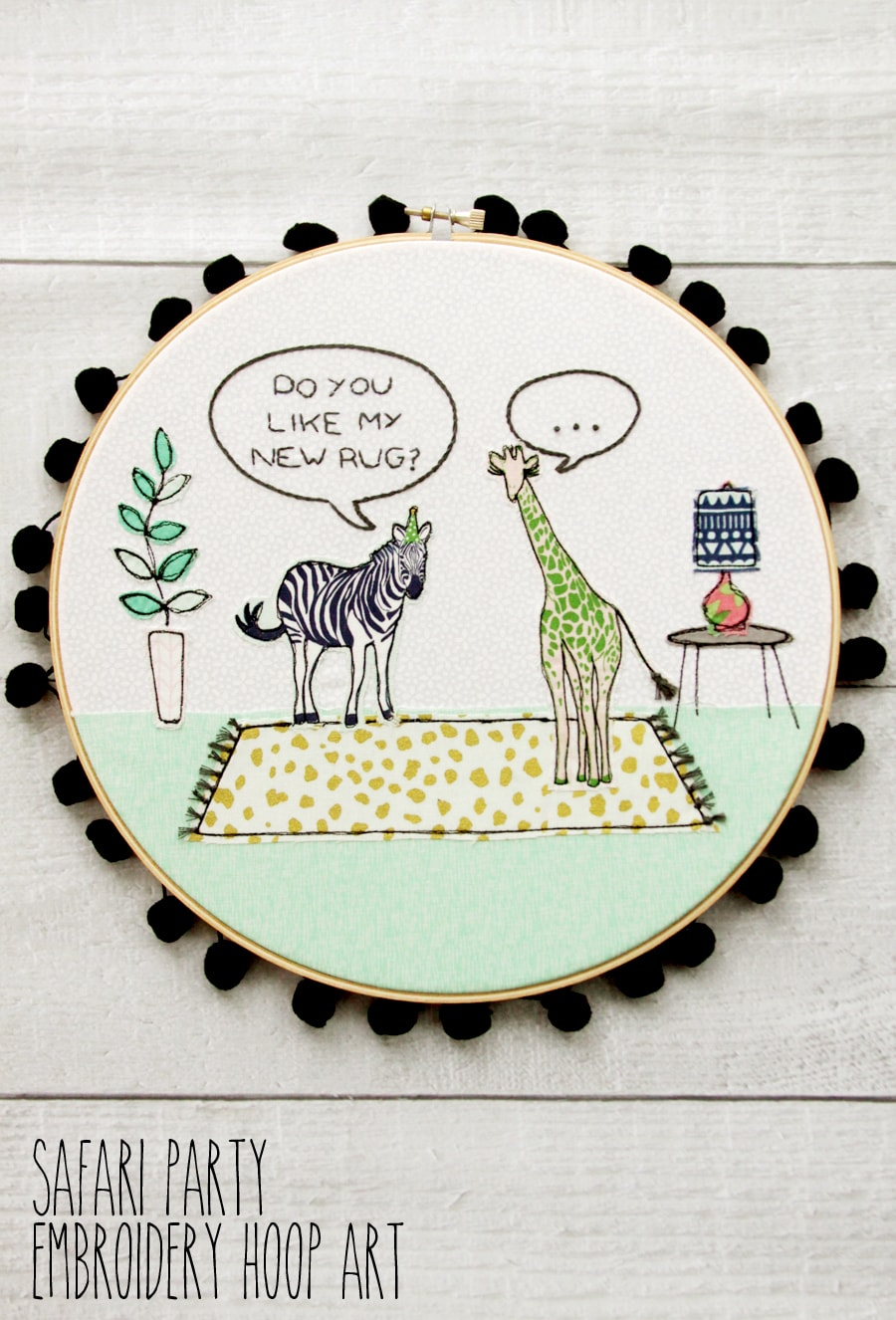 Safari Party Embroidery Hoop - free embroidery pattern and fun weekend sewing project