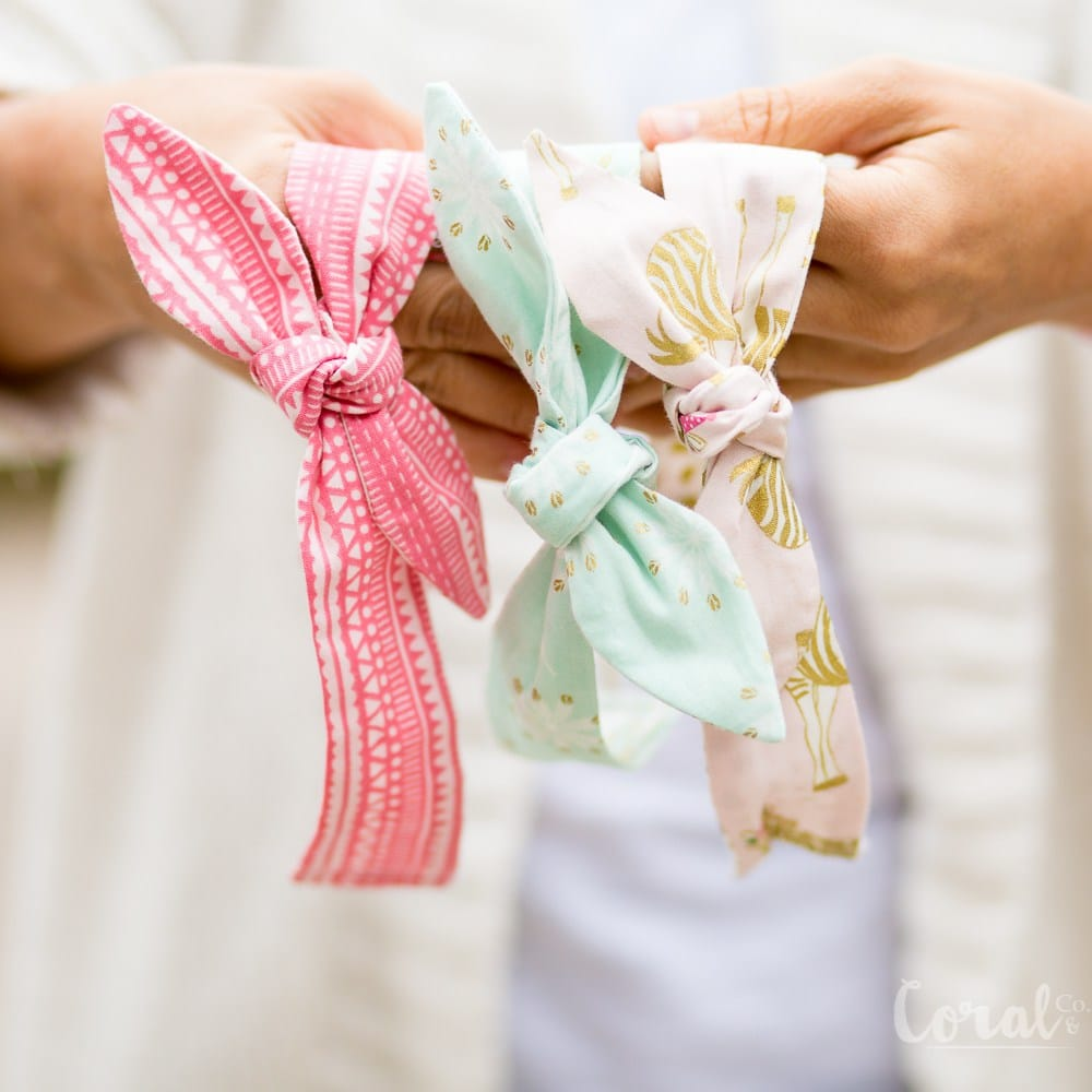 Tutorial for a knotted bow girls headband. Can be made on the Cricut Maker
