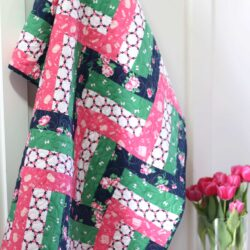Rail Fence Baby Quilt tutorial - a fun beginner baby quilt tutorial. Features Derby Day Fabrics by Melissa Mortenson for Riley Blake Designs - how to make a simple baby quilt