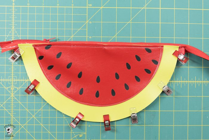 fruit purse construction step