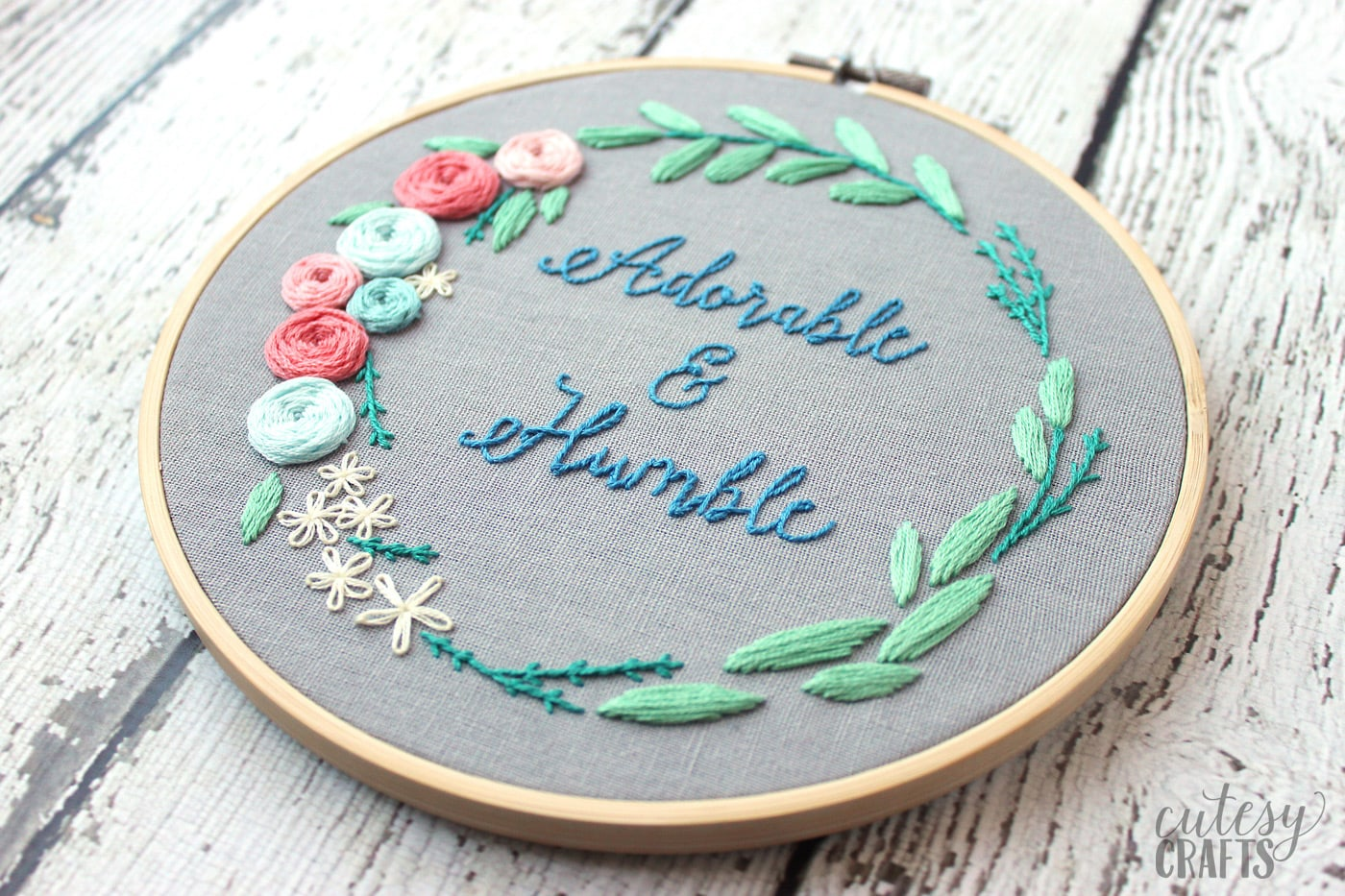 Adorable And Humble Free Floral Wreath Hand Embroidery Pattern