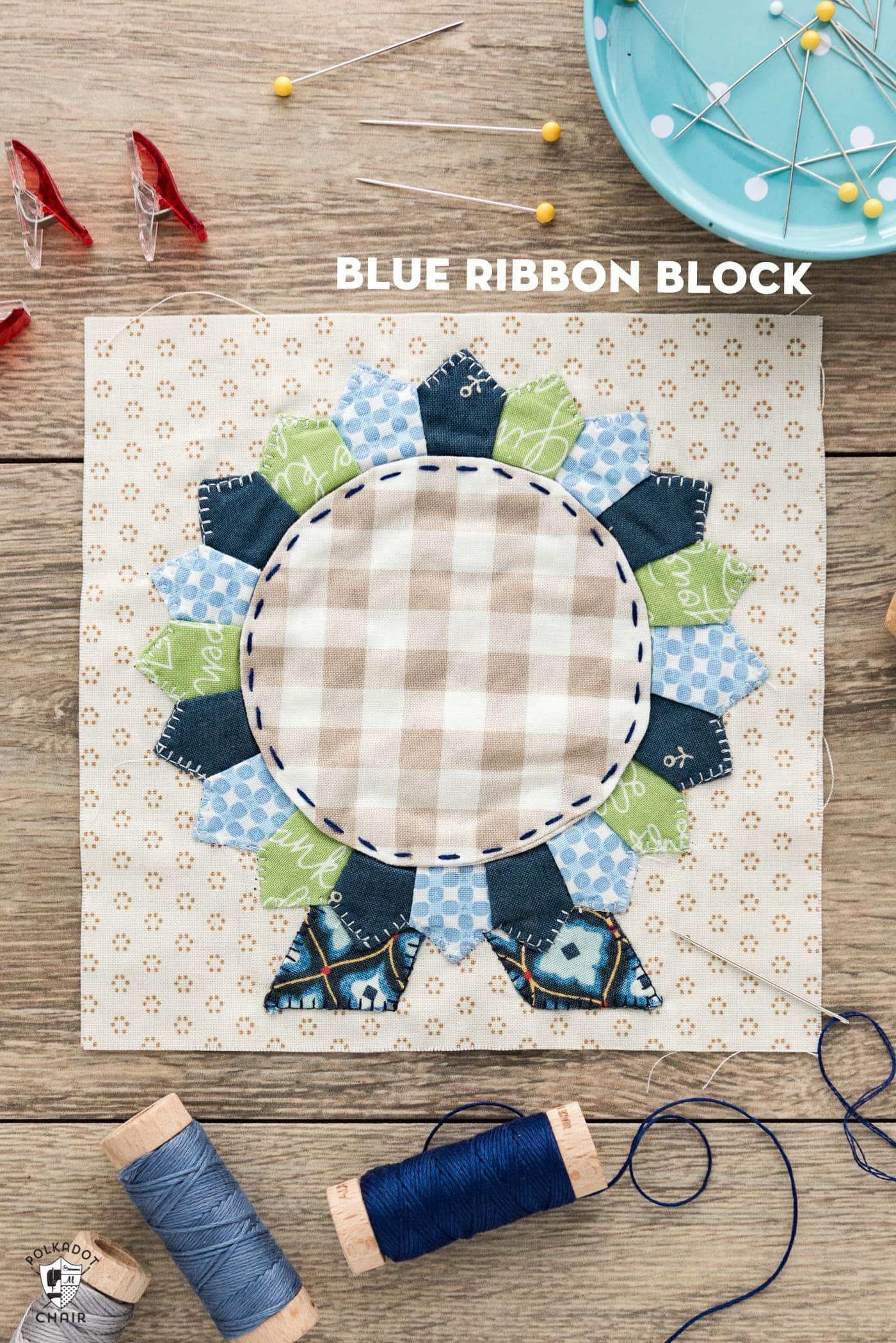Splendid Sampler Blue Ribbon Quilt Block