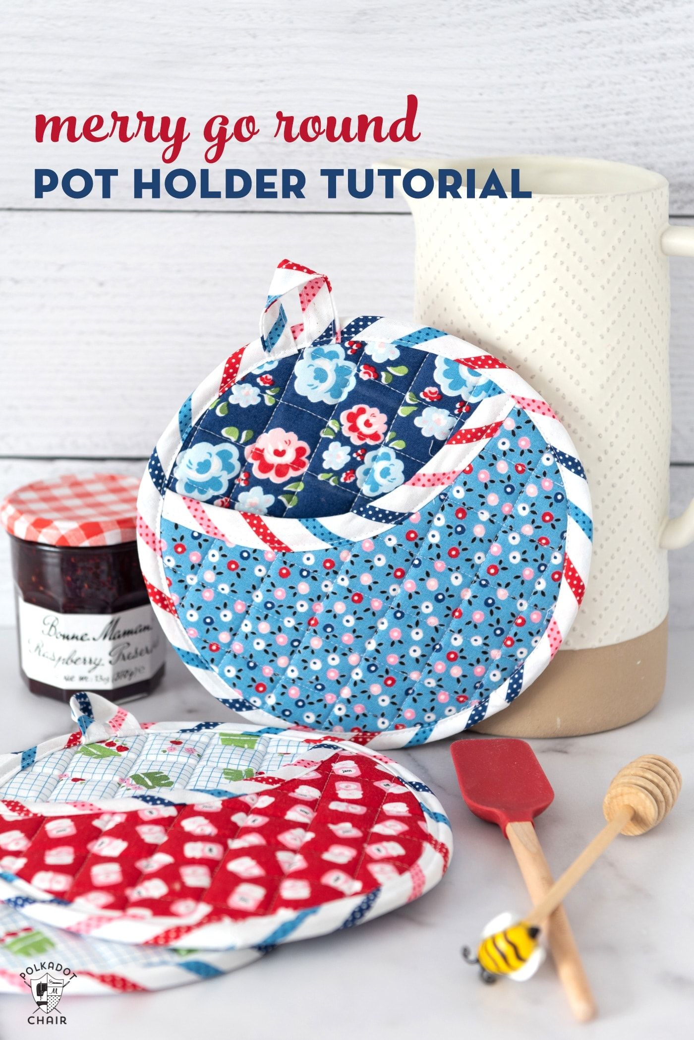 How To Make Round Quilted Potholders Amp Free Baking Gift