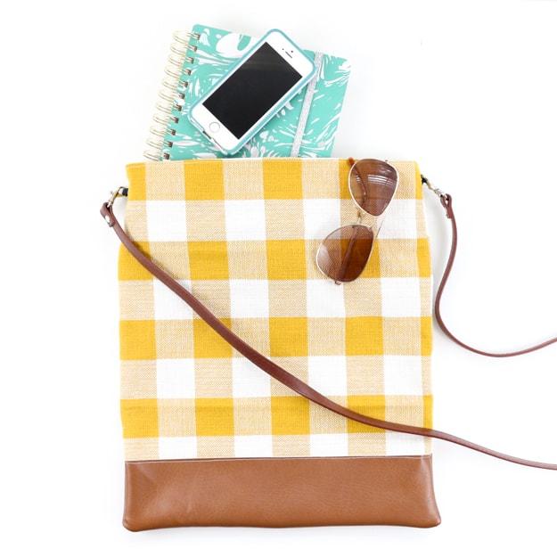 Sew It - A Fall Plaid Crossbody Bag