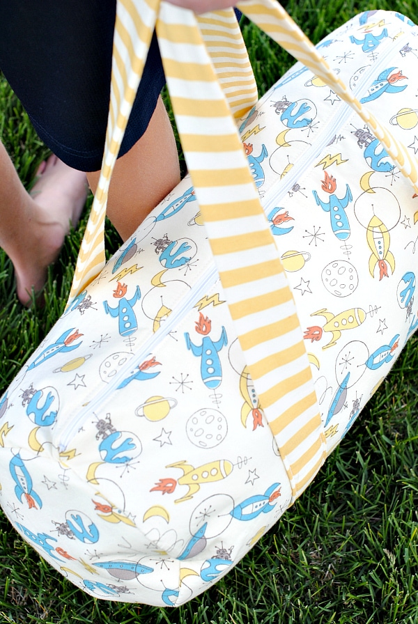Kid's Duffle Bag Pattern-Crazy Little Projects